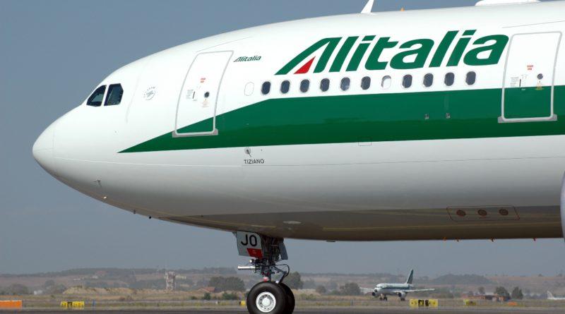 Alitalia: dai lavoratori della compagnia uno scatto d'orgoglio e il rifiuto di un accordo sindacale siglato al di sopra delle proprie teste.